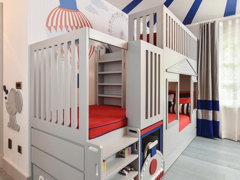5-Crocodily-Karnaval temalı,kırmızı lacivert,fonksiyonel çocuk odası ranzası
