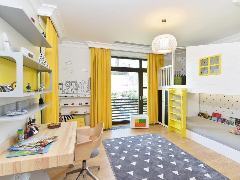 1-Crocodily-Çocuk odası tasarımı- Sarı-siyah-beyaz-ranza-masif ahşap çalışma masası