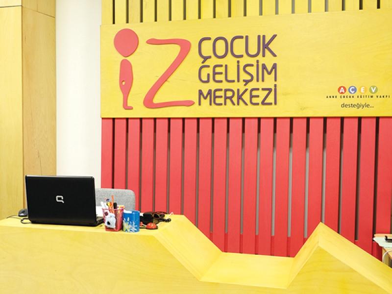 1.Crocodily-İz Çocuk Gelişim Merkezi Giriş