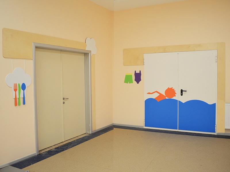 14.Crocodily-Mef Anaokulu Yemekhane ve Yüzme Havuzu Kapısı