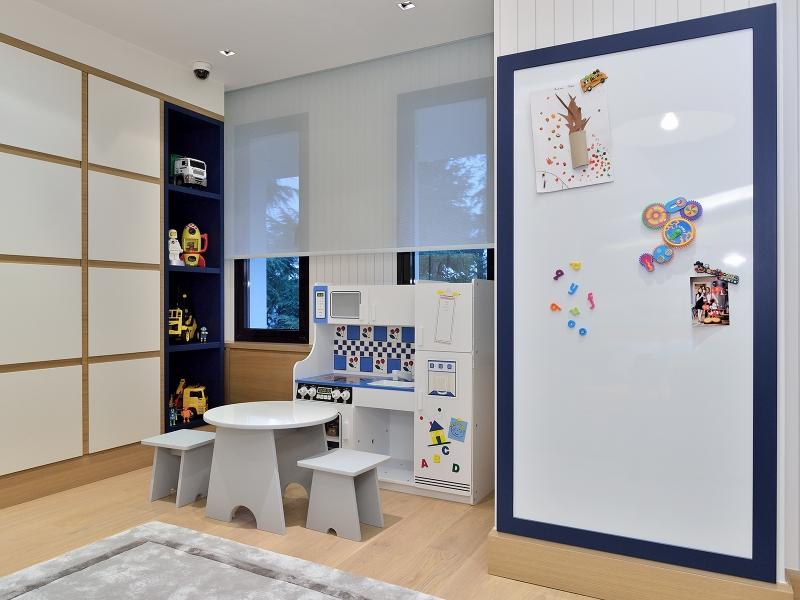 2-Crocodily-gri su bazlı boyalı çocuk oyuncak mutfak ünitesi, oyun masası,ergonomik çocuk taburesi-mıknatıslı faaliyet panosu