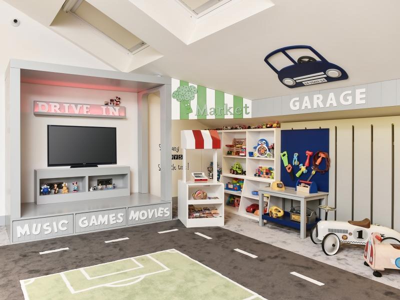 5-Crocodily-Oyun köşeleri tasarımı – Garaj, market, sinema köşesi çocuk oyun alanı